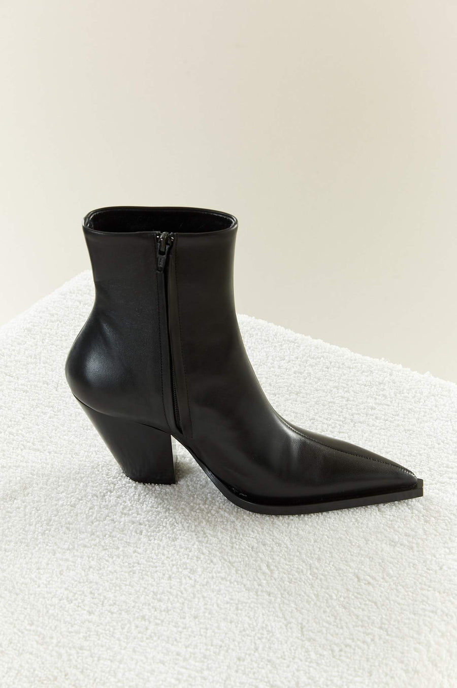 Pack Boot in Black