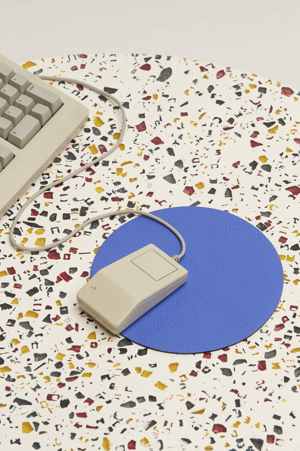 L011 Circle Mouse Pad in Electric Blue