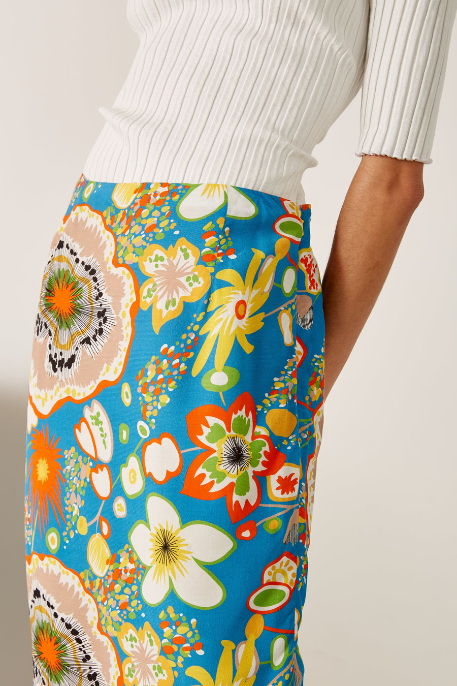 Ligo Pencil Skirt in Blue Floral Print