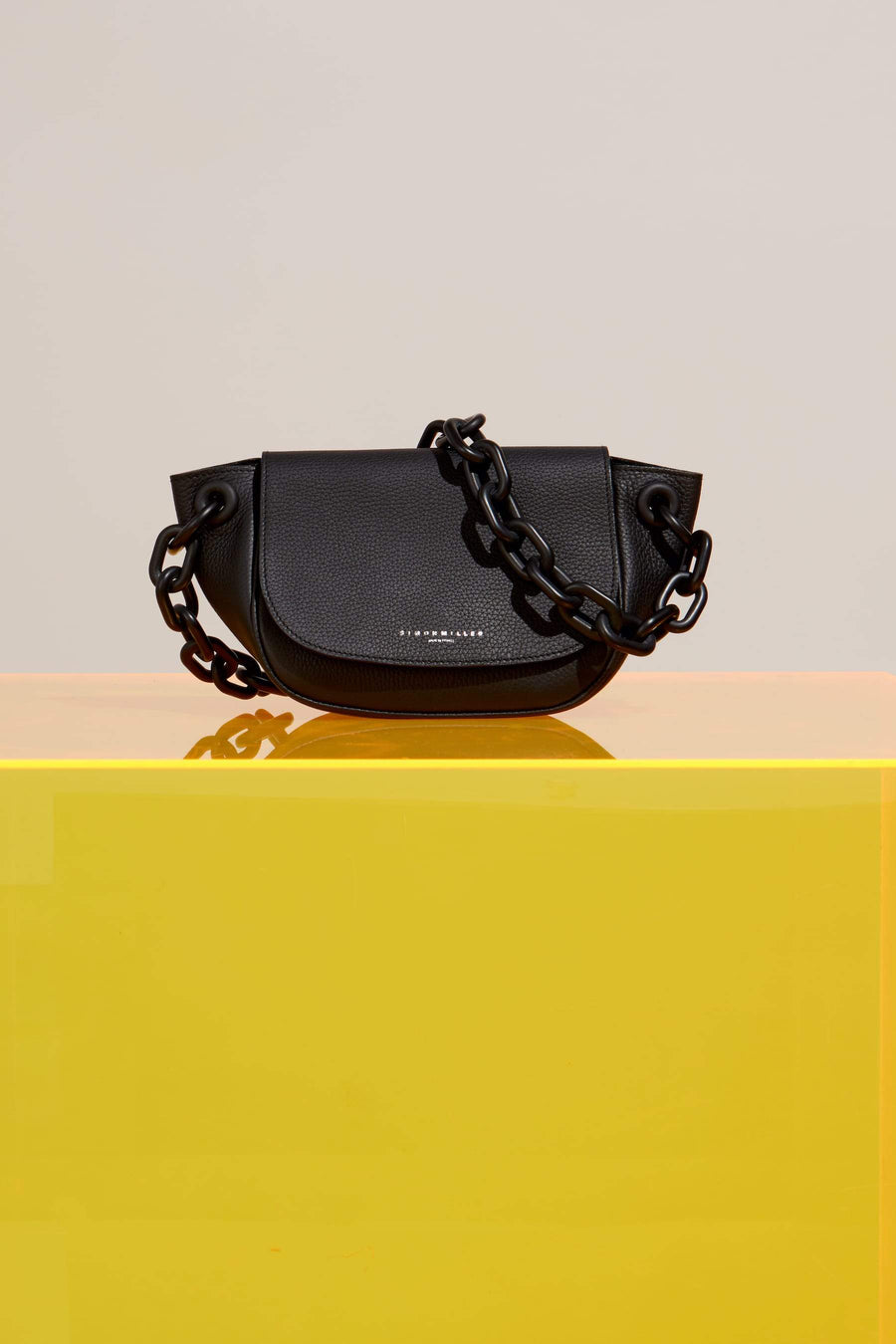 Bend Bag in Black