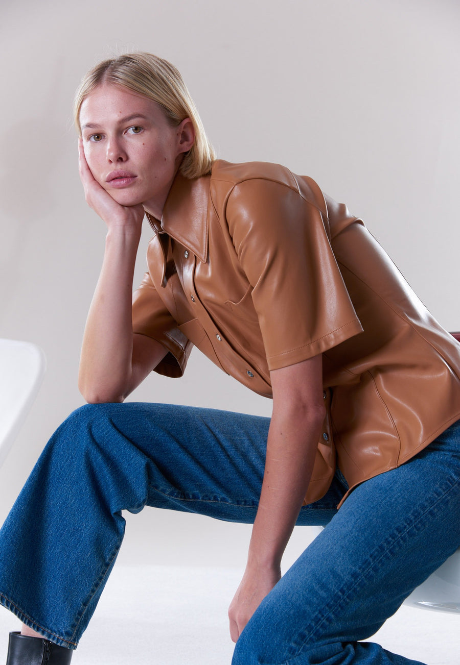 VEGAN Bandera Shirt in Toffee