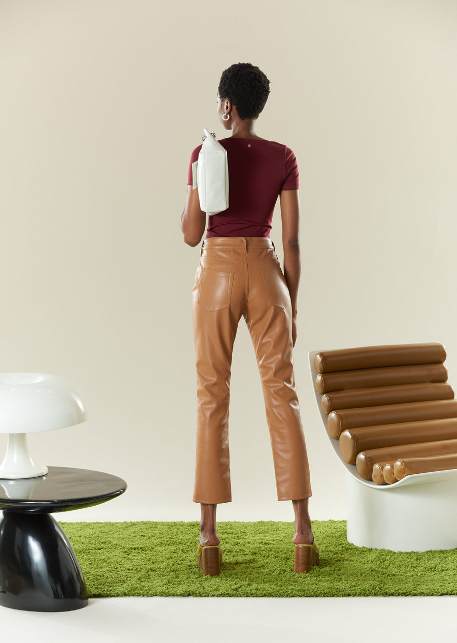 STRETCH Eero Bodysuit in Burgundy