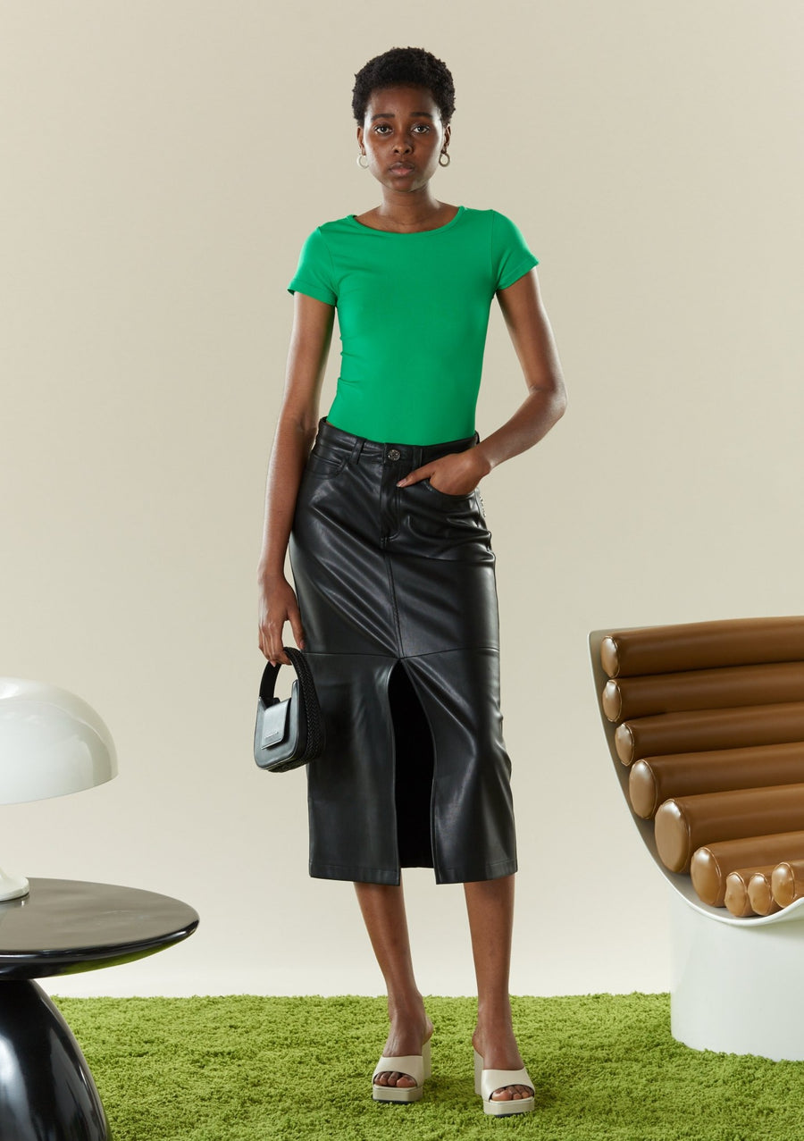 VEGAN LEATHER Kahn Skirt in Black