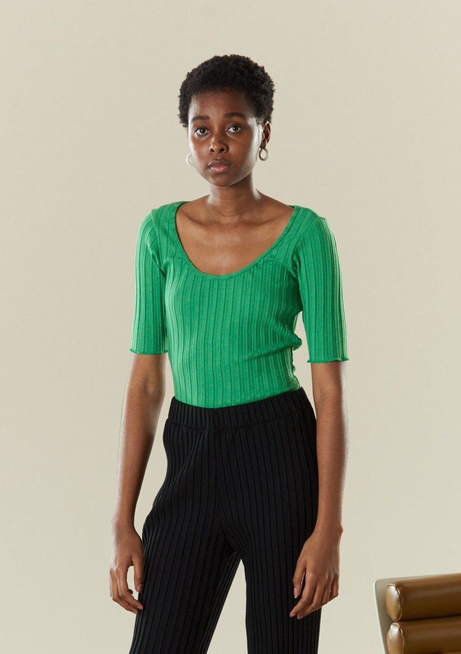 RIB Vista Scoop Neck T in Jungle Green