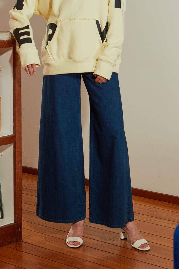 Wide Leg Jean in Rinse down