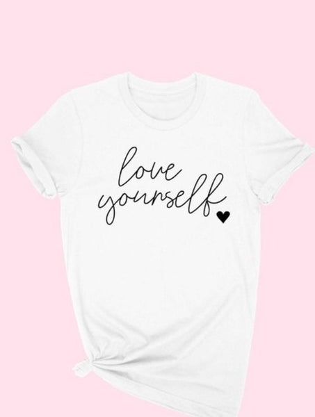 LOVE YOURSELF GRAPHIC TEE