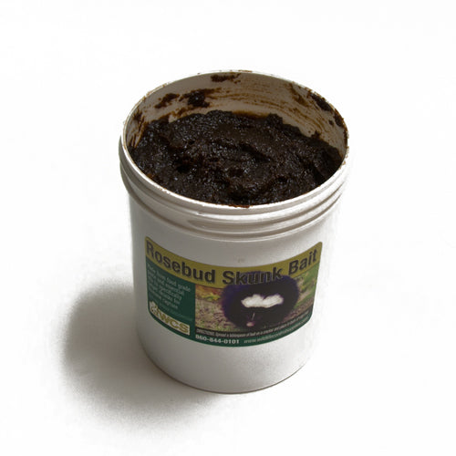 WCS  Rosebud Skunk Paste Bait 8 oz.