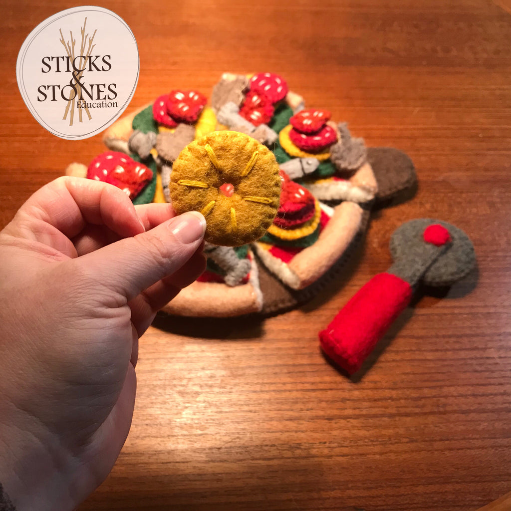 Felt Pizza - Sticks & Stones Education