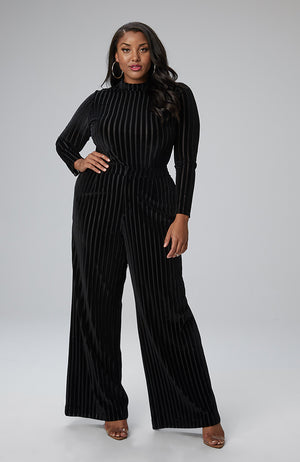Serena GREAT Maya Wide Leg Pant in Burnout Velvet
