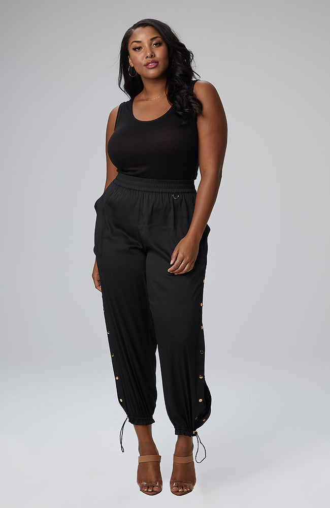 Serena GREAT Savannah Snap Leg Pant in Black