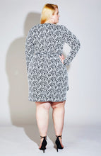 Load image into Gallery viewer, Serena GREAT Twist Front Print Dress