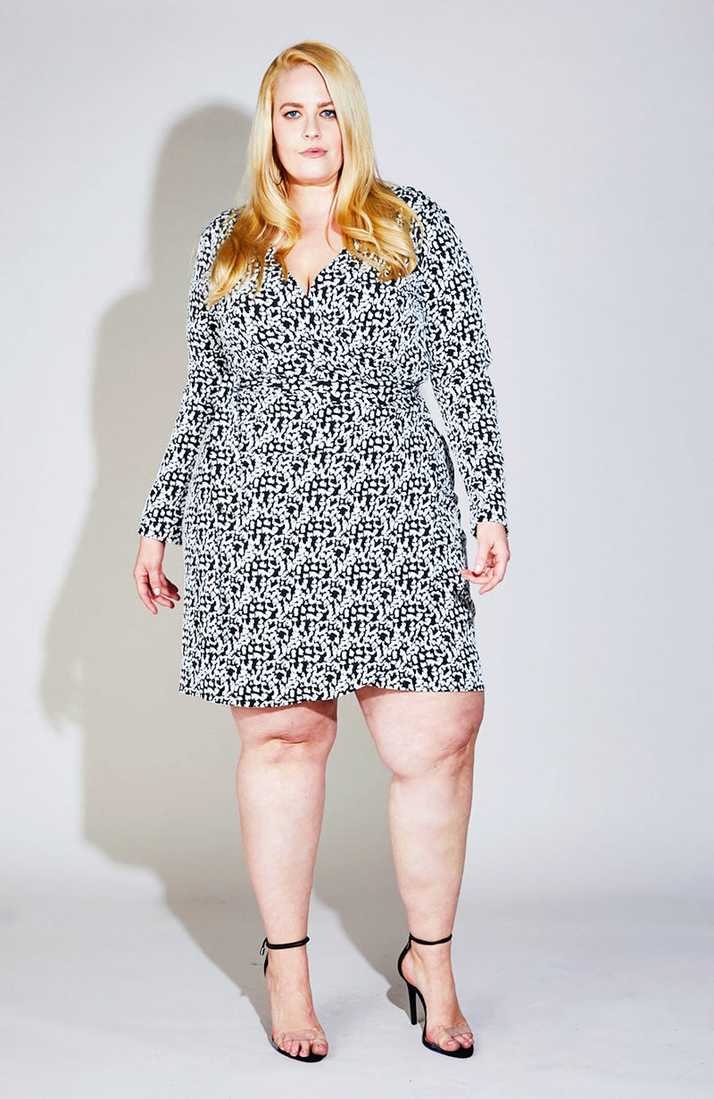 Serena GREAT Twist Front Print Dress