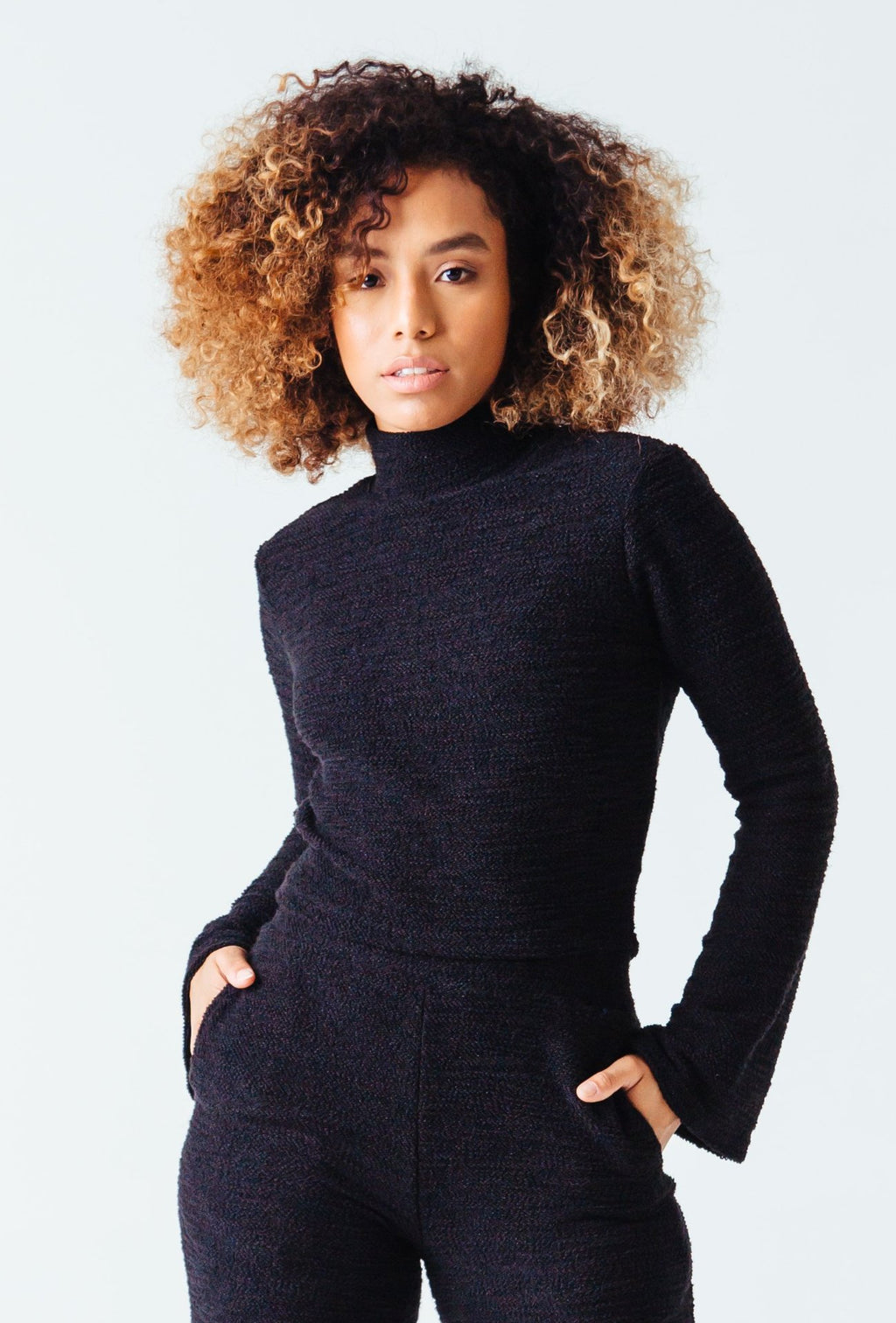S-By-Serena-Jolie-Textured-Knit-Crop-Top-Front