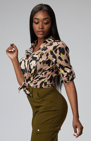 S-By-Serena-Melodie-Utility-Shirt-In-Luxe-Leopard-Side