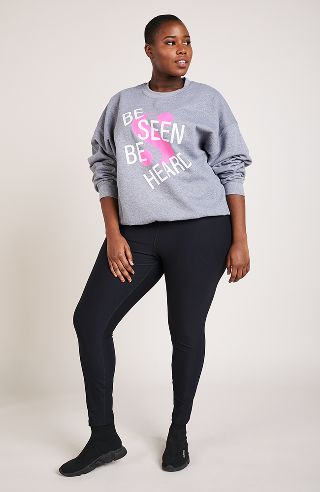 Serena GREAT Be Seen Be Heard Lounge Top in Gray