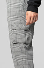 Load image into Gallery viewer, Alicia Plaid Utility Pant