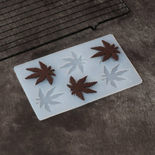 Load image into Gallery viewer, Silicone Cannabis Leaf Chilling Tray