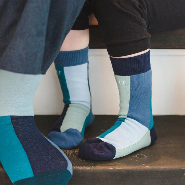 Holscher Kids - a pack of 7x1 organic cotton crew dress socks designed to mix & match, made by SOLOSOCKS™ of Denmark
