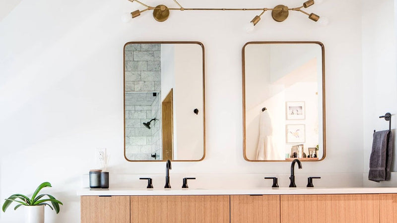 Customizing Your New Home's Bathroom Lighting