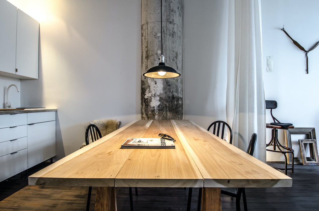 ceiling pendant light above a table