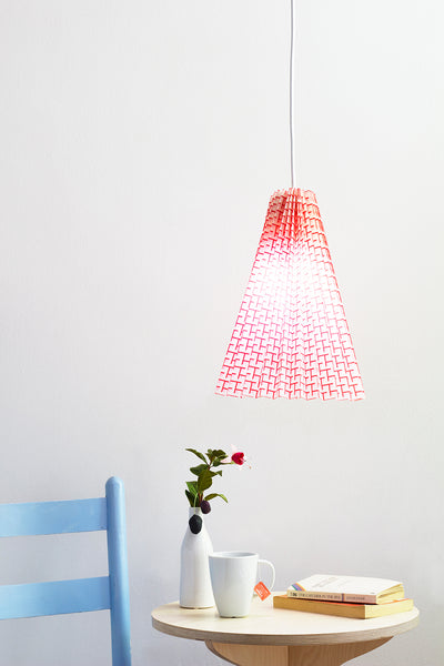 No Sew Fabric Pleated Pendant Lamp by carrie beth hogg at apple of my diy