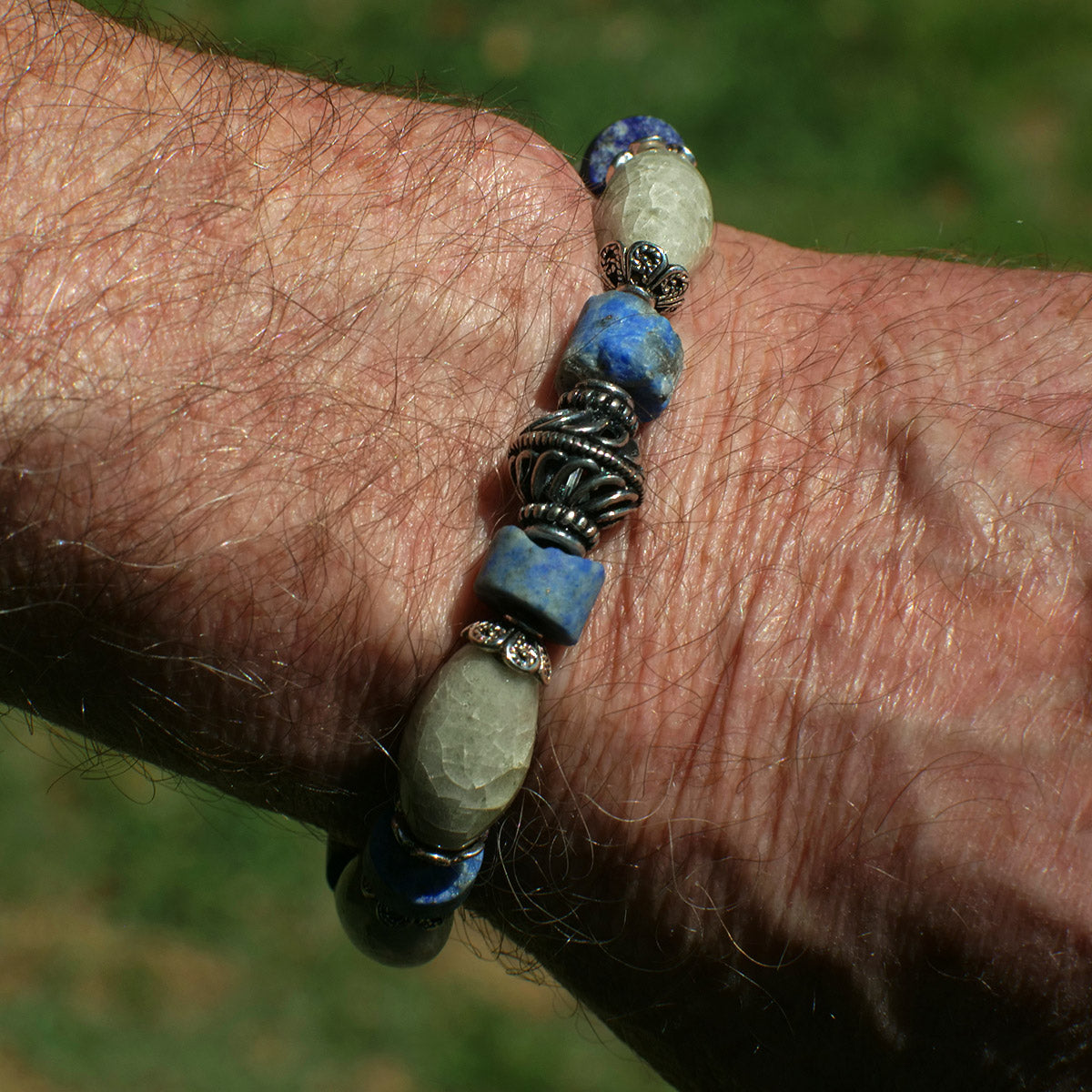 Men's Bracelet in Pearl Grey Faience and Chipped Lapis - Em Hotep Collection