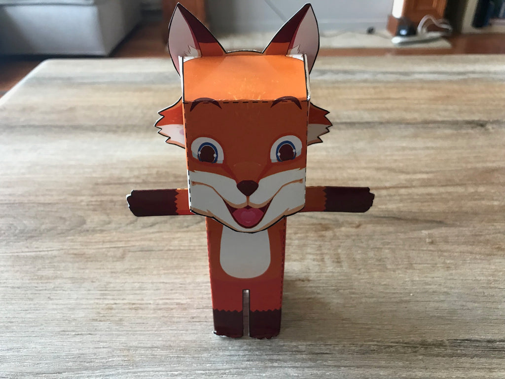 A fully assembled paper Rocco model