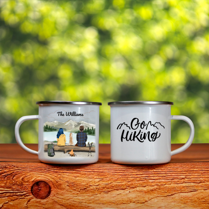 Personalized cat, dog & owners enamel mug, gift idea for the whole family, hiking lovers - Couple & 1 Pet hiking enamel mug