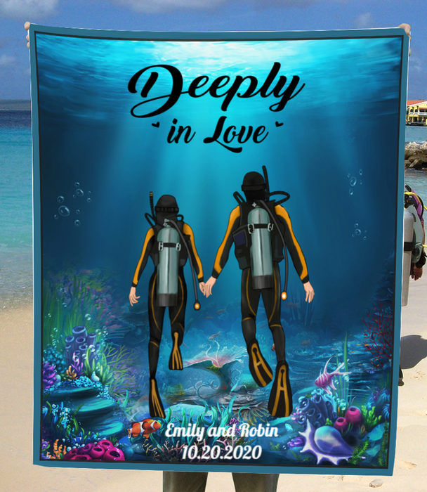 Personalized Gift For Scuba Diver Blanket - Gift Idea for Couples, Diving Lovers Fleece Blanket - Deeply in love
