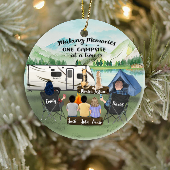 Personalized Family Christmas Ornaments Gifts For The Whole Family, Camping Lovers,Cat Dog Lovers - Parents With 3 Kids And 2 Pets Family Ornament - Making Memories One Campsite At A Time