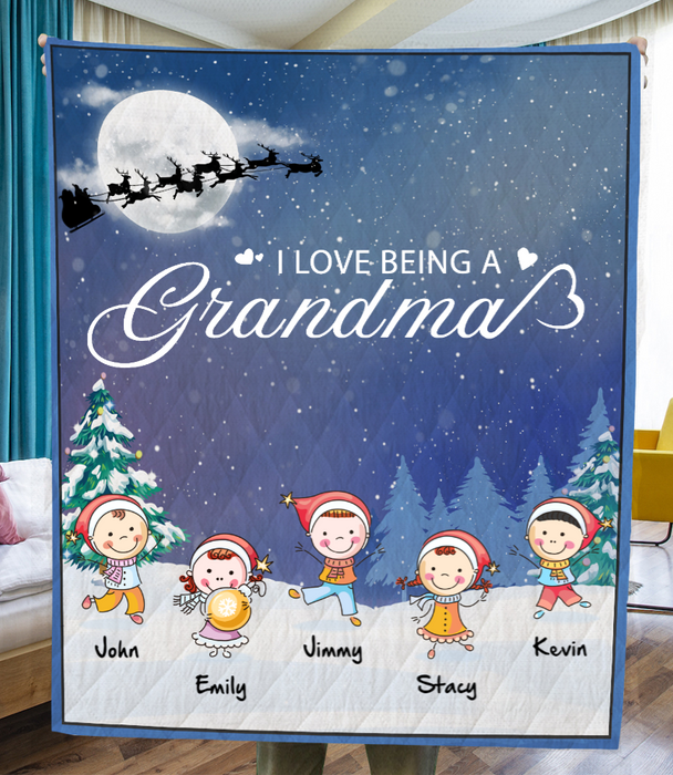 Personalized Christmas Blanket Gift idea for Grandma - 5 Kids - I love being a Grandma