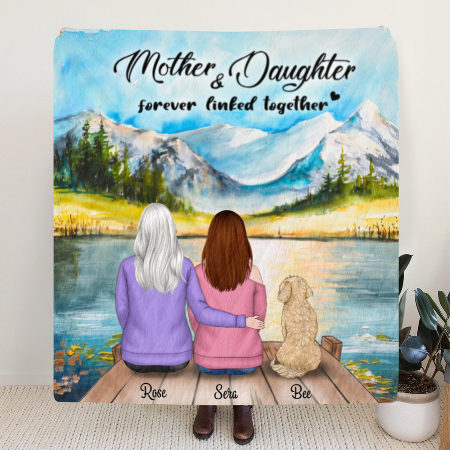 Custom Personalized Mother and Daughter Quilt Blanket - Mother 1 Daughter And 1 Pet, Full Option - Gift For Mother's Day - Mother & Daughter Forever Linked Together - RDBLQY
