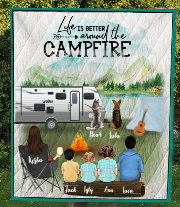 Single Mom With 3 Kids, 1 Teen And 2 Pets - Personalized Camping Quilt Blanket - V5