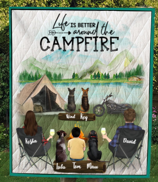 Family With 1 Kid And 4 Pets ,Couple With 1 Kid And 4 Pets - Personalized Camping Quilt Blanket