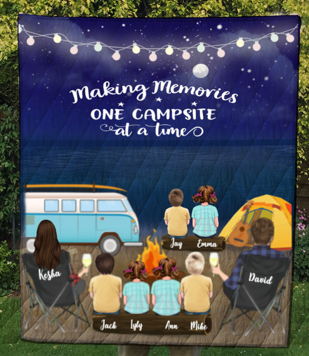 Personalized Family blanket gift idea for the whole family, camping lovers - Parents & 6 Kids night beach camping quilt blanket - Making memories one campsite at a time