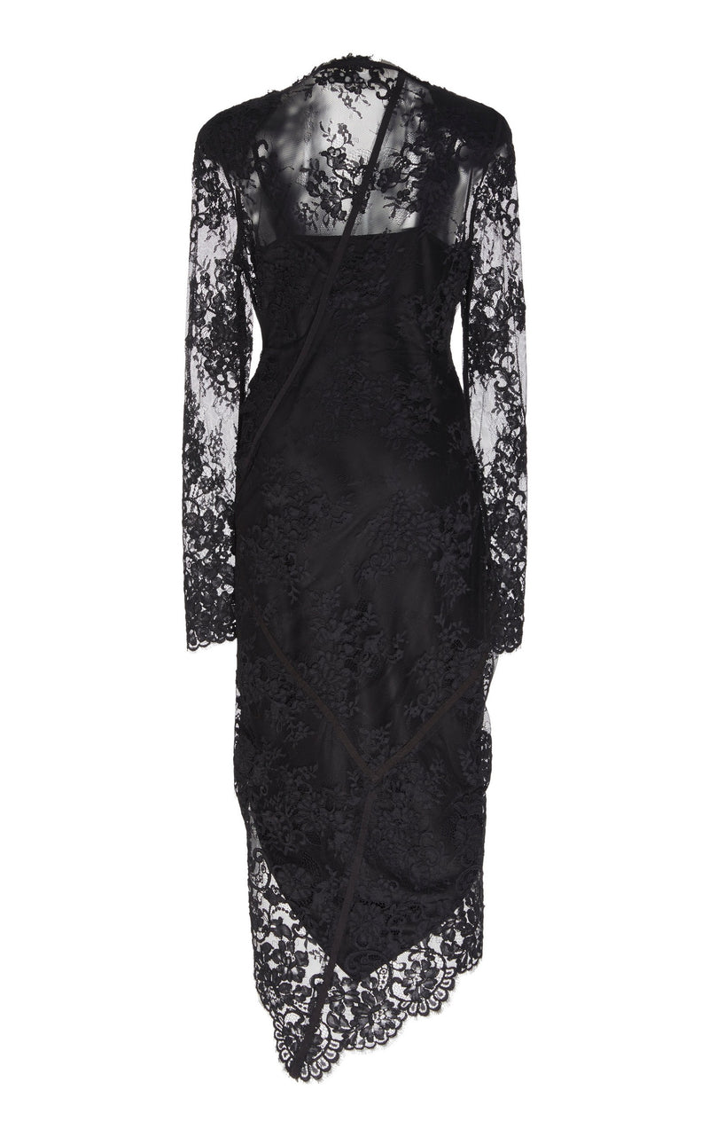 DÉCOLLETÉ LACE COCKTAIL DRESS