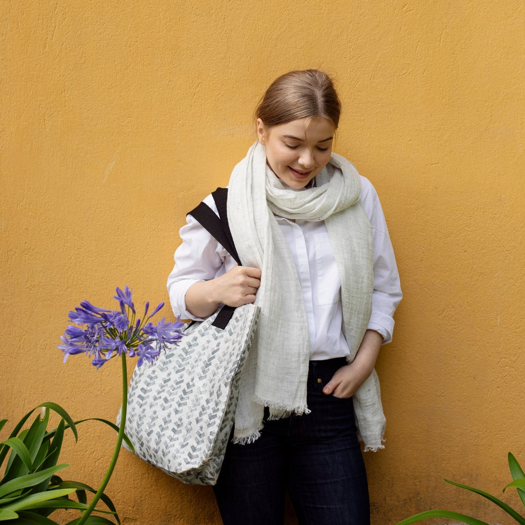 Lapuan Kankurit RUUSU x HVITTRÄSK Linen-Cotton Bag in Grey Color Made in Finland