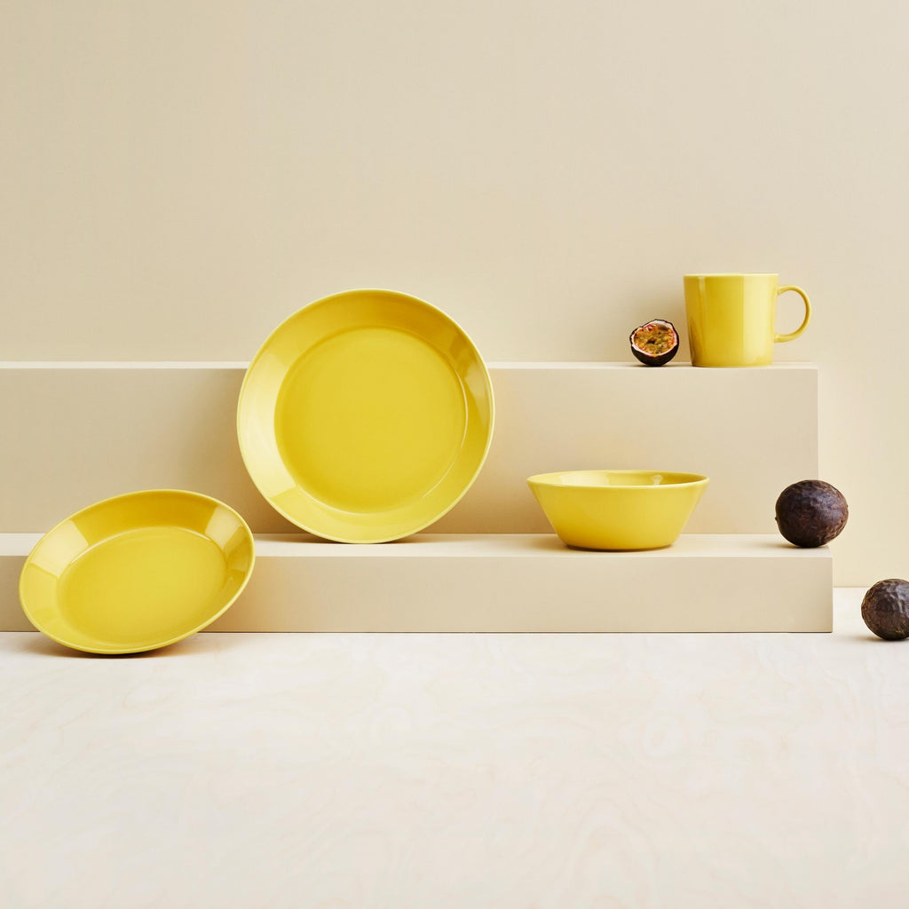 Iittala TEEMA (1952) tableware collection in honey yellow
