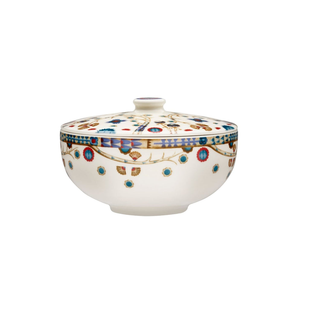 Iittala TAIKA Soup Bowl (27 oz) with lid white