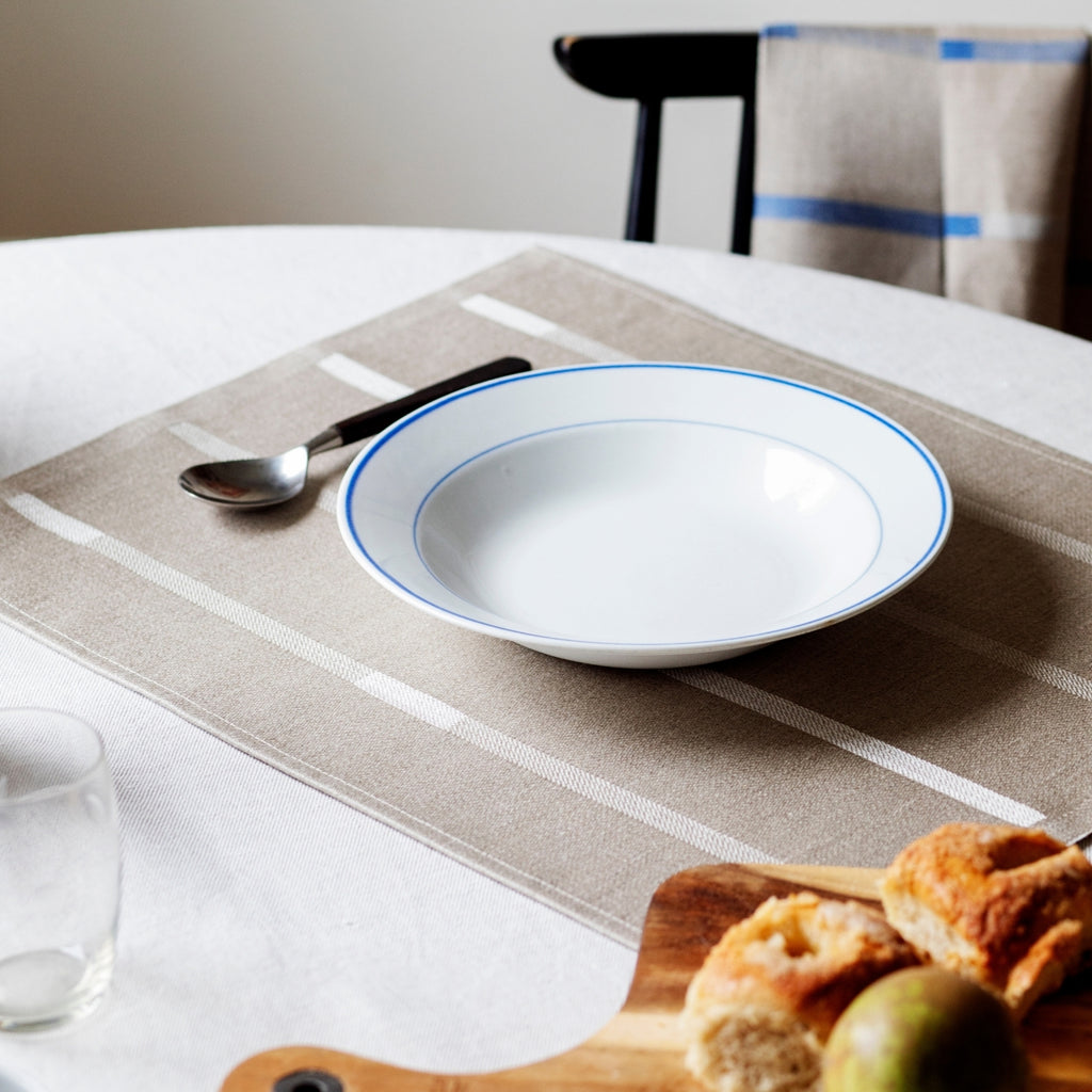 Lapuan Kankurit LINNEA 100% Linen Placemat in natural linen color with white lines