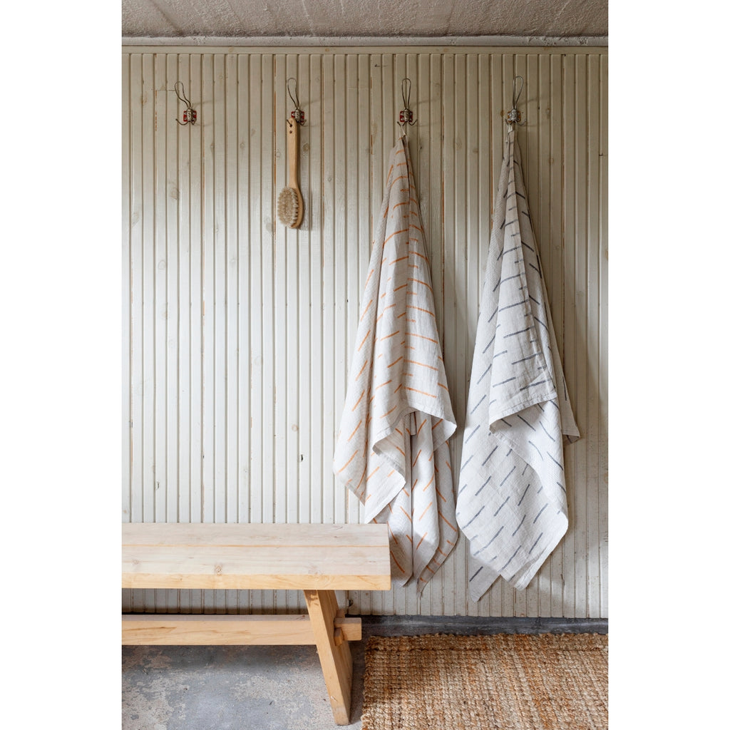 Lapuan Kankurit PAUSSI 100% Linen Bath Sheet Collection in Linen-Rust and White-Grey colors weaved in Finland