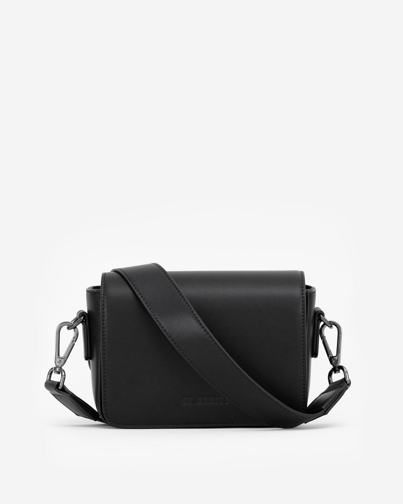 Classic Crossbody Bag in Black