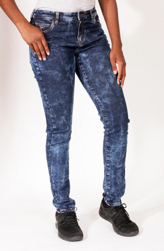 Barisimo's Love for Women Jeans