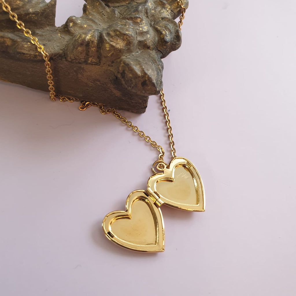 Vintage Gold Curb Chain Heart Locket