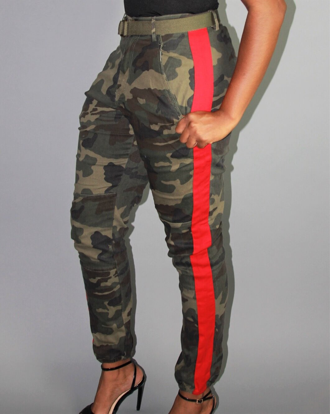 SHIELDS RED-LINED CAMO JOGGER