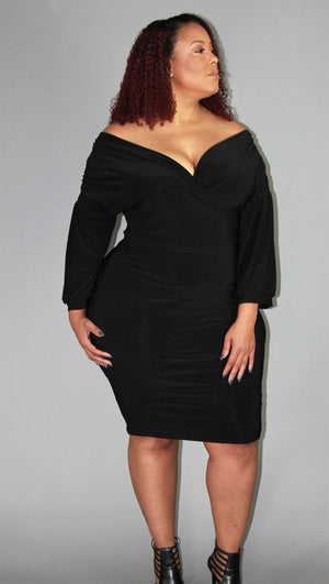 PLUS SIZE- LADY GRACE SHOULDER DRESS