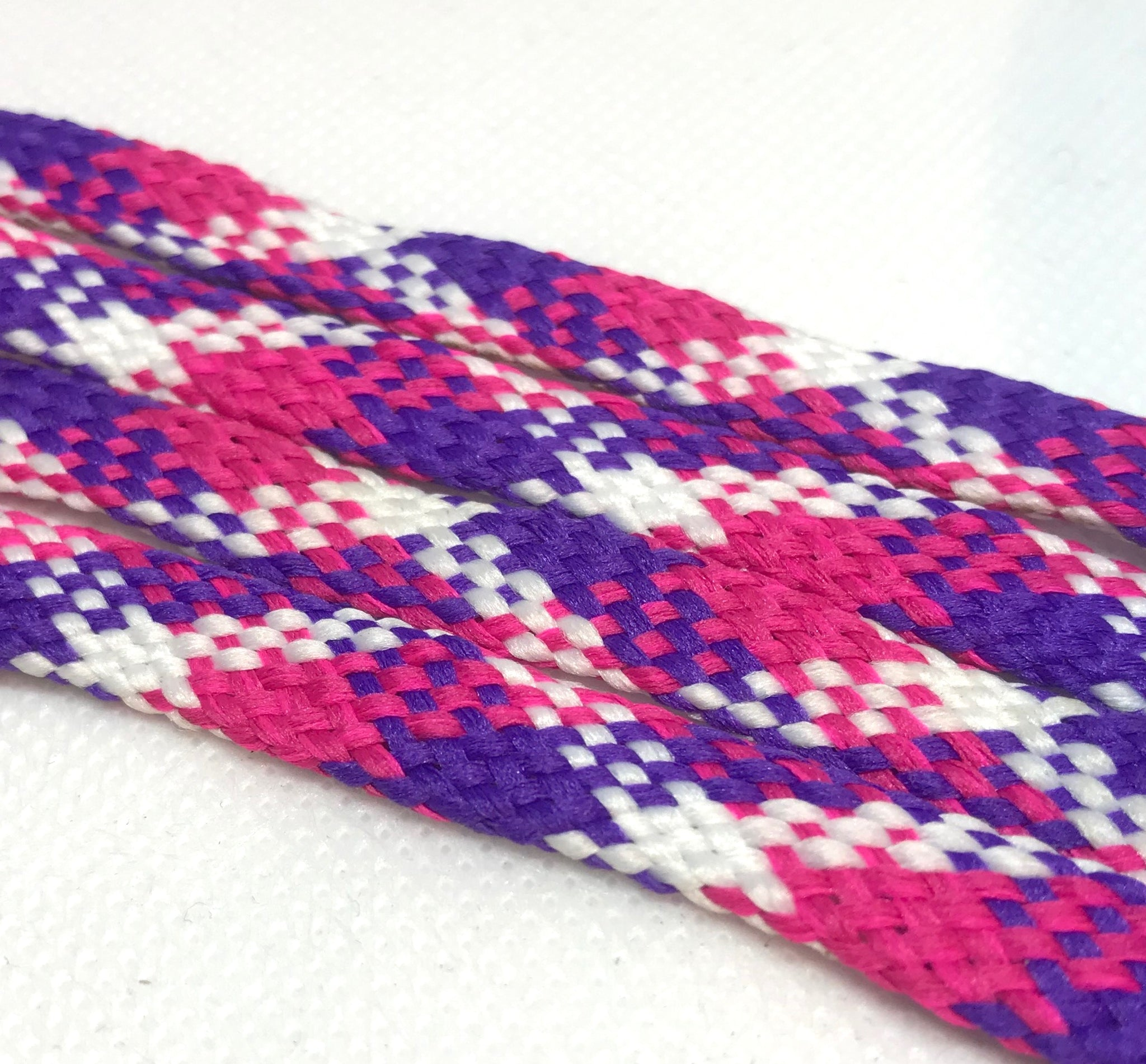 Fuchsia, Purple  and White Plaid Flat Shoelaces