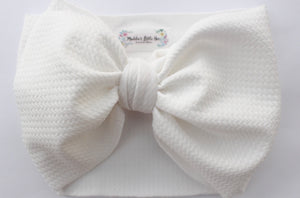 White stretchy fabric headwrap
