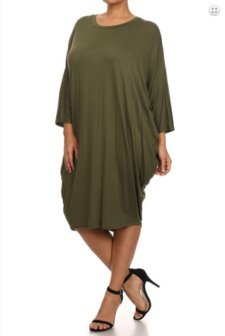 Solid knit, midi dress with a crew neck, 3/4 length dolman sleeves and draped sides.