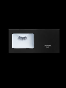 False Eyelashes natural or synthetic hair